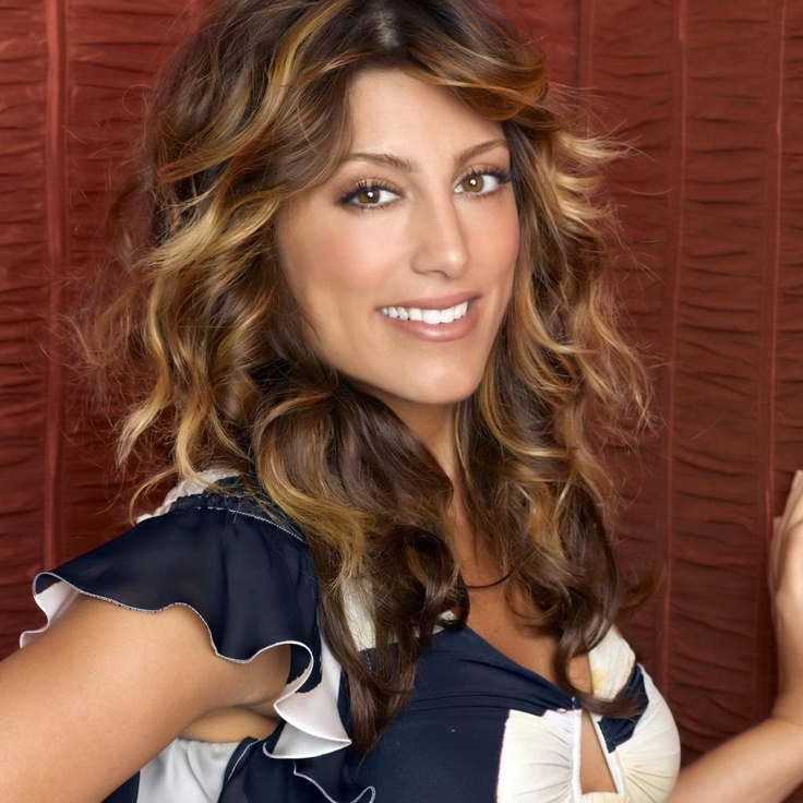 Jennifer Esposito - omgosh, her hair. I love it.