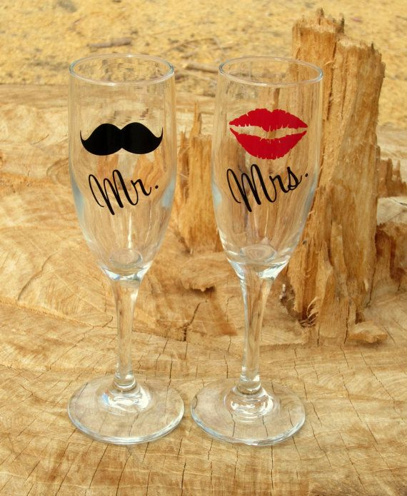 Personalized Mr. and Mrs. Toasting Flutes, Champagne Glasses, Bride and Groom Glasses. Great Engagement or Wedding Gift