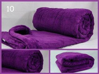 Koce z mikrowłókna w kolorze fioletowym