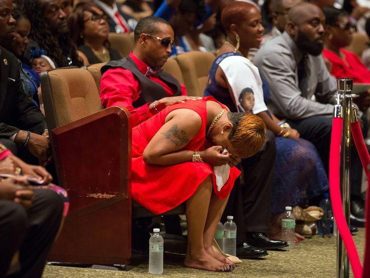Amid Mourning for Michael Brown, Call for Change - NYTimes.com