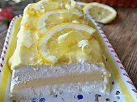 Semifreddo con ananas e crema pasticcera buonissimo e delicato, semplice da preparare e leggero, ricetta dolce estiva fredda e golosa, ricetta facile