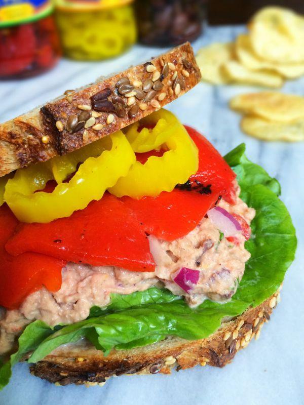 Mediterranean Tuna Salad Sandwich - The Lemon Bowl #tuna #lunch #healthy