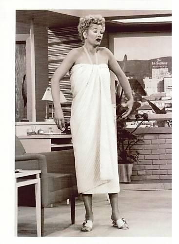 I Love Lucy: Lucy badly sunburned in California... right before she is expected to model clothes in a celebrity fashion show.