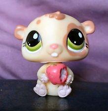 LPS Littlest Pet Shop Figure Hamster With Apple