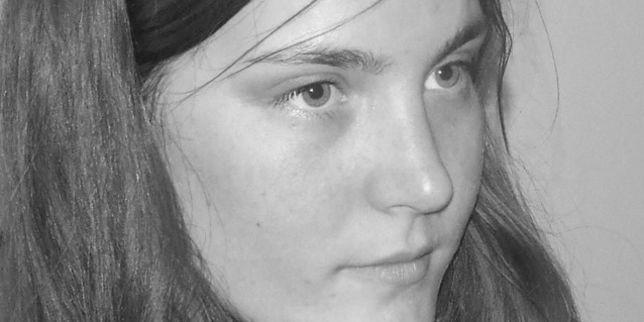 Chloë Boissinot, 25 ans. Timide et bosseuse, issue d'une grande fratrie, serveuse dans une épicerie fine, elle a été assassinée à la terrasse du Carillon le 13 novembre.