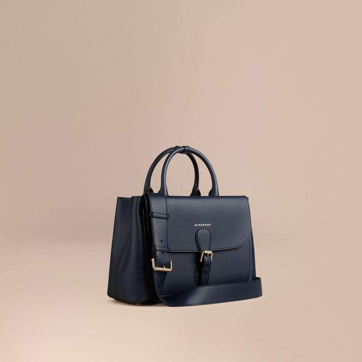 The Saddle Bag in smooth bonded leather. With utilitarian details, the Italian-made bag is inspired by military designs from the Burberry Heritage Archive.