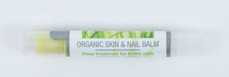 Our versatile nail balm in a tube is available in a 3-pack for your convenience!  Packaged in clear, vinyl travel bag for easy storage.  Keep your nail balm handy in your purse, nightstand, powder room or kitchen. Special blend of 90% organic oils.  100% all natural, nut-free ingredients. Olive, avocado, apricot kernel and horsetail oil (plant-based) prevents splitting nails and unsightly cuticles.  Manicurists love it for their clients! Use twice daily for noticeably healthy nails…