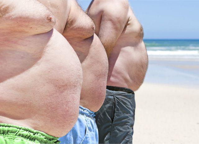 Drie typische tarwebuiken. De tarwebuik is een van de meest betrouwbare voorspellers van diabetes, cardiovasculair leed en kanker. Genees jezelf van morbide overgewicht, hart- en vaatziekten, diabetes, zuurbranden, astma en zelfs ADHD. Hoe? Door simpelweg geen tarweproducten meer te eten, schrijft cardioloog William Davis in zijn boek 'Broodbuik'.
