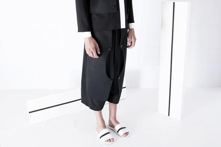 SS15 Menswear Preview   #ss15 #blackfashion #whitespace #minimal #minimalfashion #rtw #fw #minimalism #blackonblack #editorial #artinstallation #lessismore