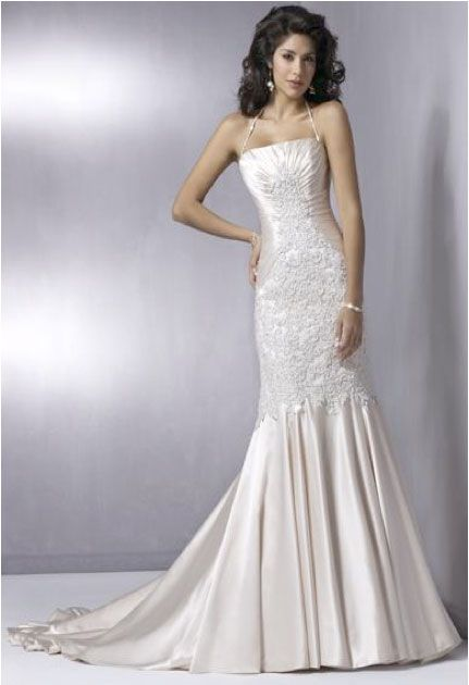 Gowns for Petite Brides | Petite Wedding Dresses – Perfect for an Unforgettable Wedding ...