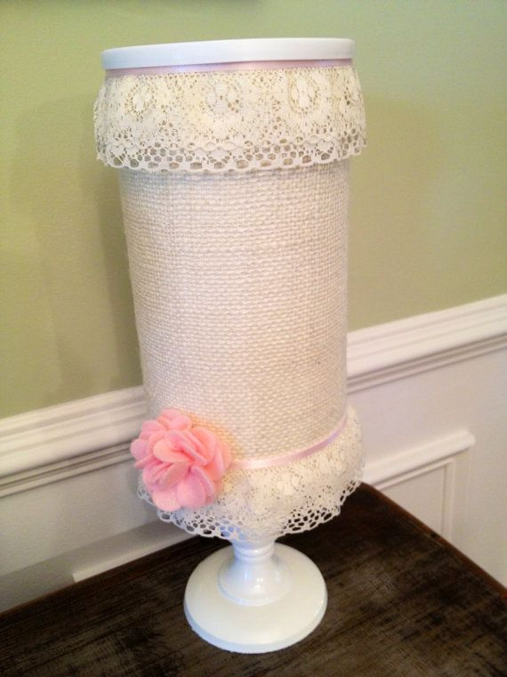Nursery Decor: Easy DIY Burlap & Lace Headband Holder @Candice Piediscalzo , Leighton needs this! We should make one!