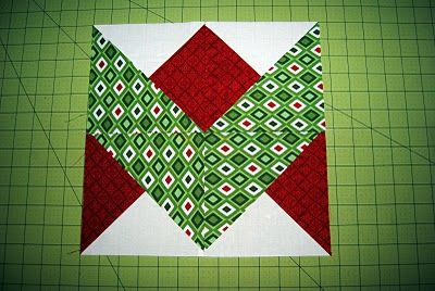 Ribbon block tutorial this will make a beautiful Christmas quilt.