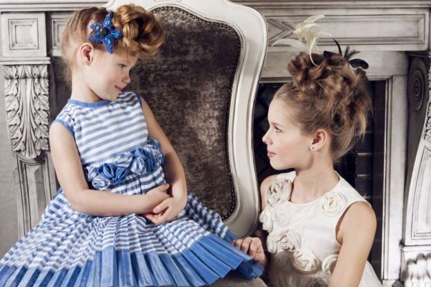 Детская прическа на выпускной с плетением в виде пучка ::: onelady.ru ::: #hair #hairs #hairstyle #hairstyles