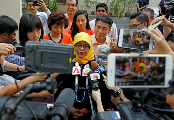 Singapore's First Feminine President Will Be A Hijab-Carrying Muslim GirlSingapore is set to welcome its first female president ― a hijab-wearing Muslim woman named Halimah Yacob.  Yacob was the only candidate to meet the stringent qualifications for presidency set up by Singapore's Elections Department, the Straits Times reports. That means she's likely to become president-elect after nominations close on Wednesday, and take her oath of office on Thursday.  Since Yacob was the only…