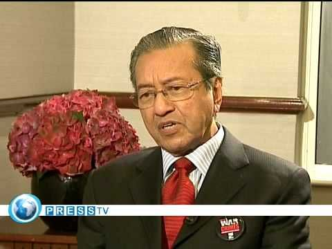 Mahathir Mohamad calls for Bush, Blair, Howard to be tried for war crimes