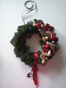 Dekorácie - Vianočný veniec na dvere(živá čečina) - 5652340_