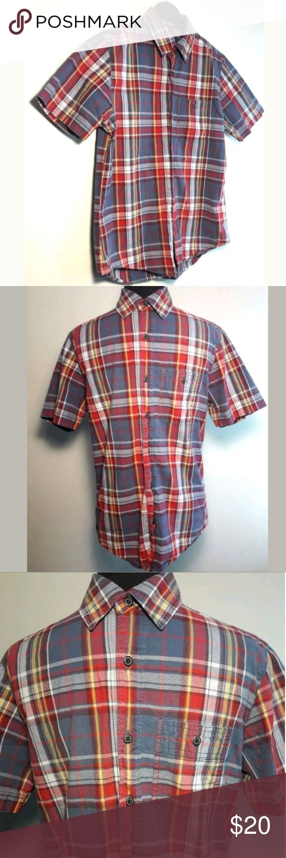 Old Navu Mens Casual Button Down Shirt Size Small Old Navy Men's Casual Shirt Size Small Short Sleeve Multi-Color Plaid Button Down Top  Pre-owned in Excellent condition.  Please be sure to view all images.  Thank you for Looking & Sharing Happy Poshing😄 Old Navy Shirts Casual Button Down Shirts