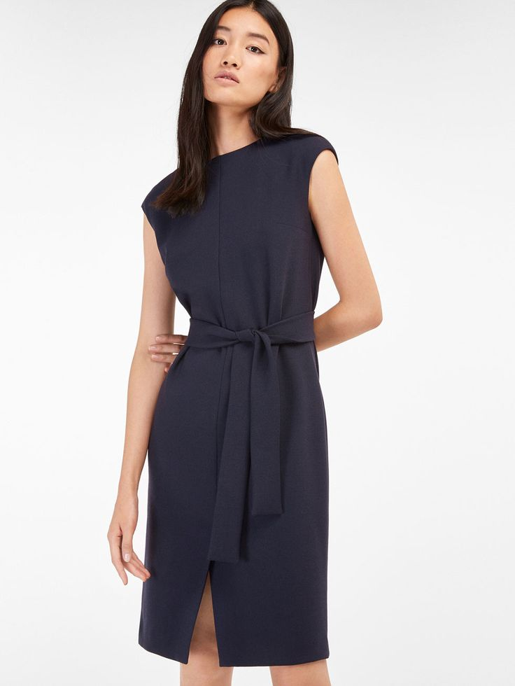 Autumn winter 2016 WOMEN´s BOW DETAIL NAVY DRESS at Massimo Dutti for 140. Effortless elegance!
