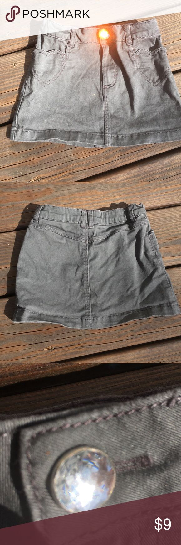 H and M skirt Size 3/4. Adjustable elastic waist straps. H&M Bottoms Skirts