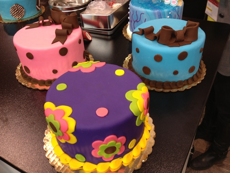 Cake Boss Cakes vanilla and chocolate cake with a chocolate icing fill! Amazing