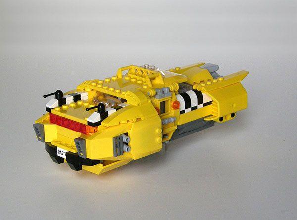 LEGO Fifth Element Taxi