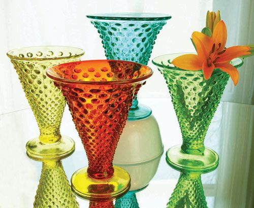 1000 Ideas About Colored Vases On Pinterest Vase Colored Glass Vases And Vintage Frames