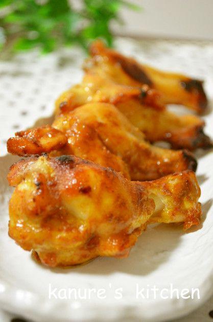 鶏肉を調味料に漬けて焼くだけの簡単料理です カレー風味が食欲をそそります(❤ฺ→∀←)   2012.3.11話題入り♬