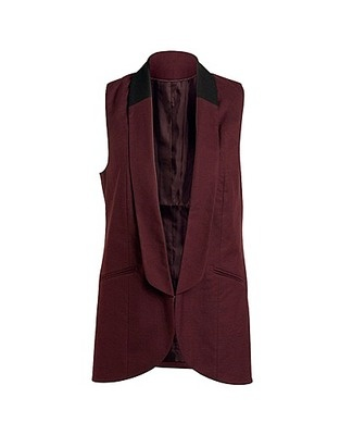 Plus-size wardrobe staples: Wardrobe Crisis Tips for Curvy Women. #24 LONG WAISTCOAT: So you want to cover up your love handles, tummy or bum but the weather is too hot for a blazer or cardigan? Have no fear, the waistcoat is here! Wear it over a t-shirt with tight jeans, ankle boots and a trendy scarf for a chic, sophisticated look.