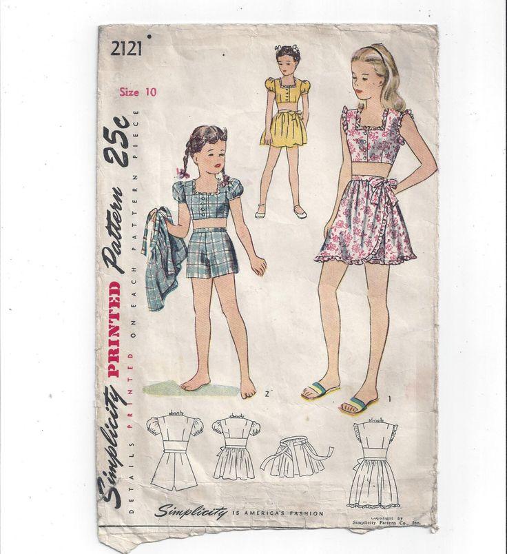anni 1940 annata semplicità 2121 Pattern per completo 3 pezzi da gioco ragazze, dimensioni 10, ritagliata camicia, Shorts, gonna Wrap, reticolo dell'annata, casa cucito di VictorianWardrobe su Etsy https://www.etsy.com/it/listing/460959316/anni-1940-annata-semplicita-2121-pattern