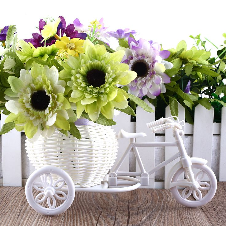 2016 Hot Sale New Plastic White Tricycle Bike Design Flower Basket Container For Flower Plant Home Weddding Decoration -- Find similar products by clicking the VISIT button