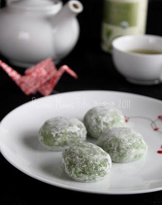Green Tea Mochi: so light and refreshing!