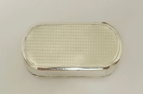 beautiful-georgian-antique-solid-silver-snuff-box-london-1817 sold for 215 - 23 October 2016