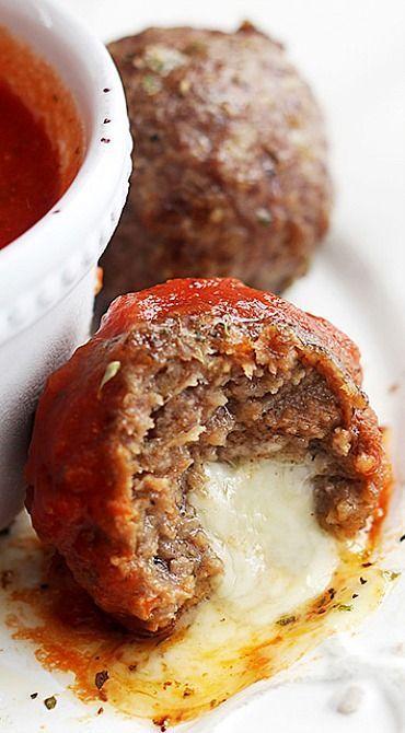Slow Cooker Mozzarella Stuffed Meatballs #stuffed #meatballs #dinner