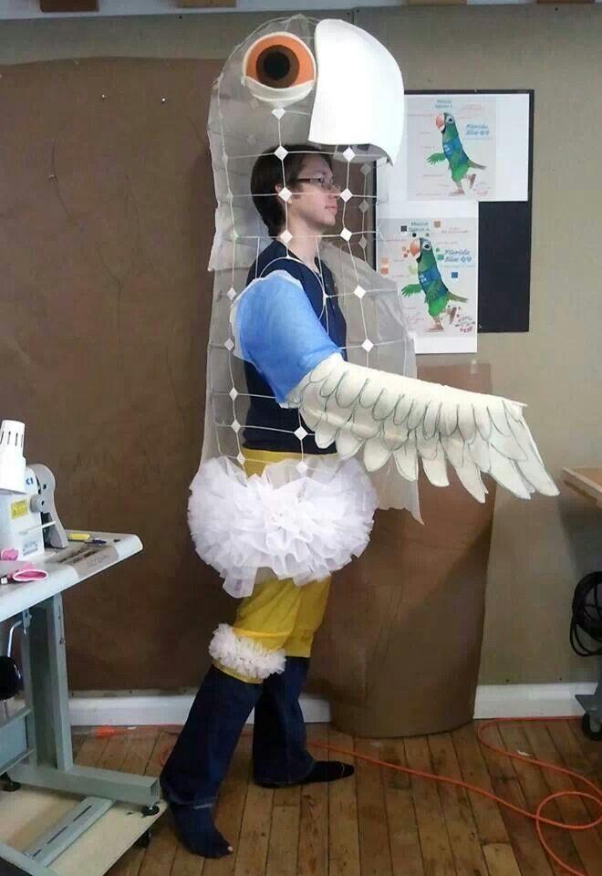 大鳥.  Puppet?! More like a costume, but that's just semantics!