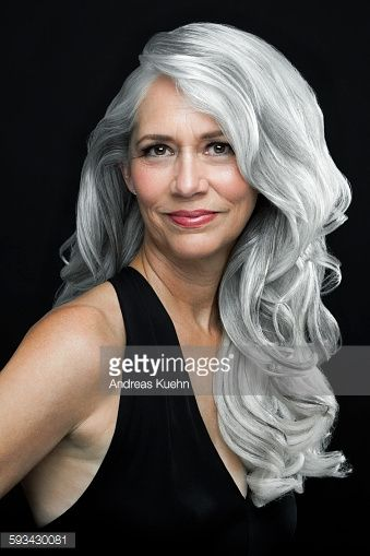 woman-with-long-wavy-gray-hair-portrait-picture-id593430081 (339×509)