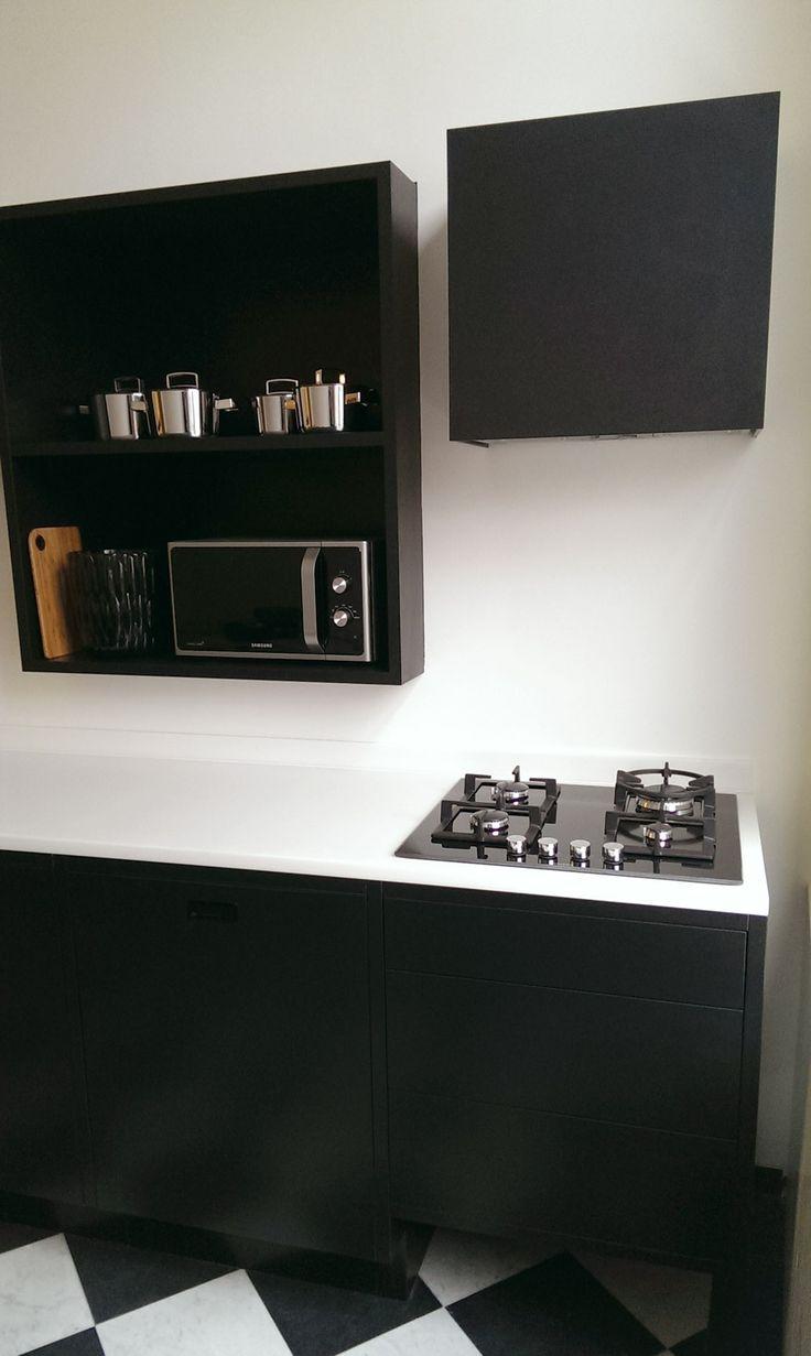 Meer dan 1000 idee n over zwart witte keukens op pinterest mooie keukens warme keuken en - Keuken witte lak ...
