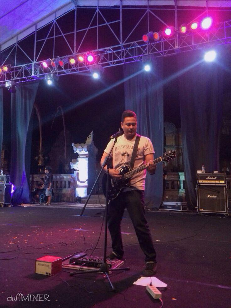 4WD live at Lapangan Puputan Klungkung now ------------------------------------------------ size : S.M.L.XL  kode : save culture  price : IDR 150.000  Available @repu8licstore  Jl. Pantai Berawa, Banjar Pelamabingan, Tibubeneng, Badung  Instagram : DUFFMINER  Facebook : Duffminer Bali  Twitter : @duff_miner  email : duffminer@yahoo.com  Order Onliner : KETIK KODE BARANG | SIZE | NAMA LENGKAP | ALAMAT LENGKAP | NOMOR HP | DAN KIRIM KE 081246710703 / 085738411486