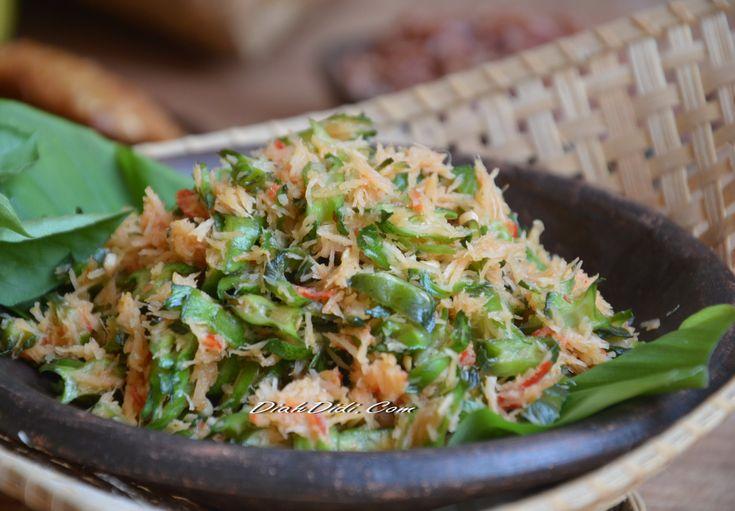 Diah Didi's Kitchen: Urap Kecipir Mentah