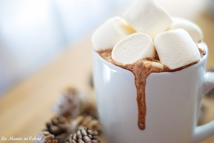 Du chocolat chaud aux chamallows pour mes invités ! winter, chocolat, chocolate, hiver, gourmand, food, marshmallow, cocoon