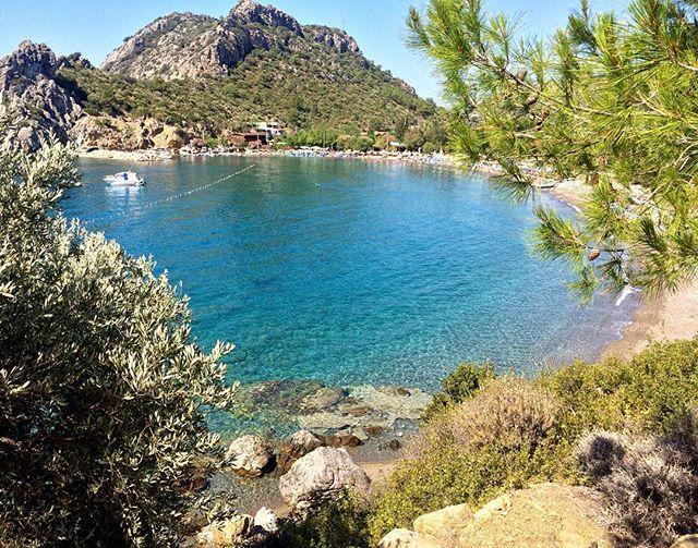 Gözün görebildiği güzellikler🎈#beach #secret #holiday #tatil #love #nofilter #photo #photooftheday #aniyakala #datca #kizilbuk #datça #turkey #turkiye #plaj #view #vscoview #vscosea #seaside #green #blue #nofilter #nature #doga #summer #yaz #manzara #secretheaven #heaven #turkuaz #turquoise