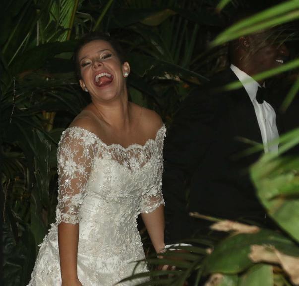 Famosos curtem festa do casamento de Thiaguinho e Fernanda Souza