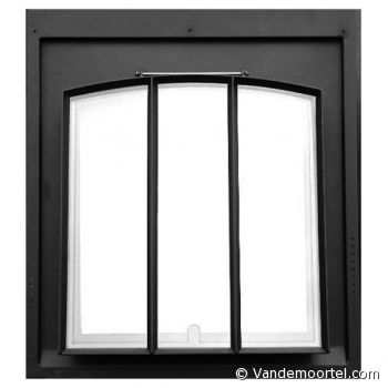 Vandemoortel Rustieke Bouwmaterialen - Stijlvloeren - Webwinkel Stalen dakramen Model P 60 x 70 - vertikale raamverdeling