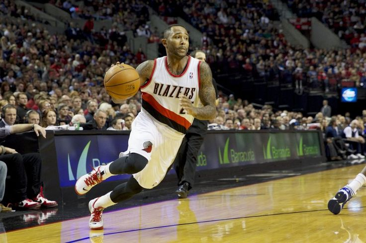Portland Trail Blazers point guard Mo Williams (25).  The Trail Blazers held off the Detroit Pistons for a 109-103 victory Monday night.