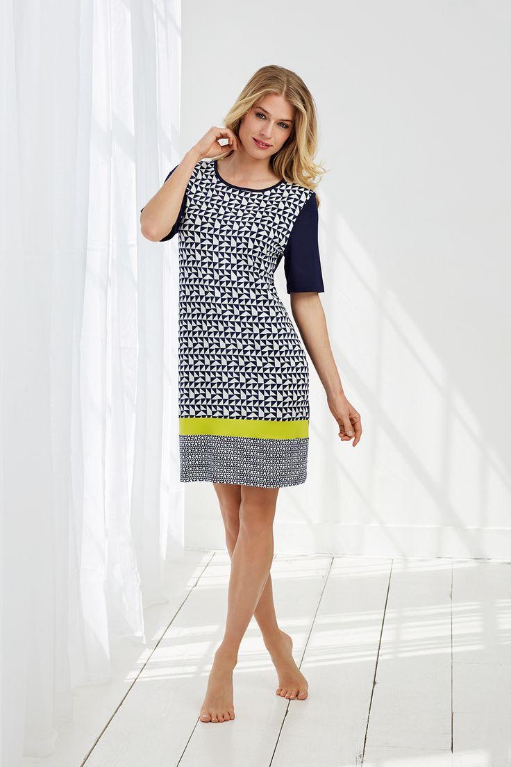 Pastunette Deluxe royal blue & white retro block print pattern luxury short sleeved dress