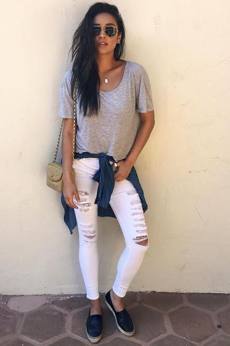 Shay Mitchell wearing Chanel Vintage Mini Half Flap Bag, Chanel Leather Espadrilles and Frame Denim Le Color Rip Skinny Jeans