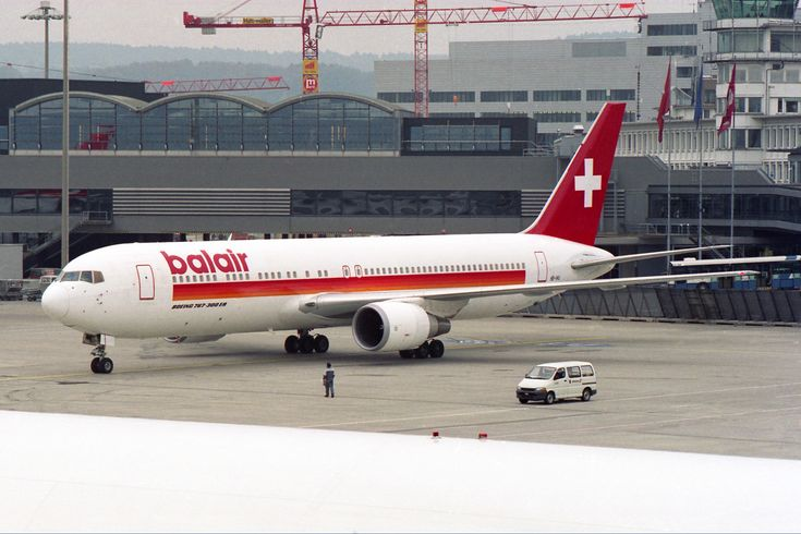 "https://flic.kr/p/VqXutS | Balair Boeing 767-35H/ER HB-IHU basic ""Air Europe"" | Zürich (- Kloten) (ZRH / LSZH) Switzerland  12.1999  First Flight 9.1992  Del. 10.1992 to Air Europe SpAS7-AAV Air Europe SpA EI-CJB Balair HB-IHU (PICTURE) Canadian Airlines International C-GHLK Air Canada C-GHLK Ansett Australia VH-BZM Air Canada C-GHLK Air Canada Rouge C-GHLK"