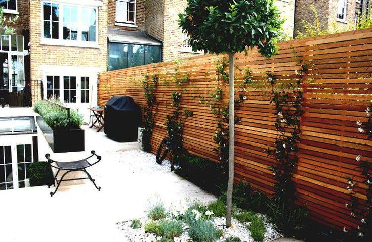 brise-vue-terrasse-bois-massif-chaise-design-assortie