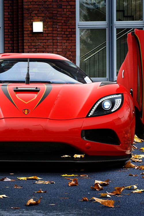 Koenigsegg Agera from the movie Need for SpeeD. MY LOVE FOR CARS HAS GONE OUT OF CONTROL