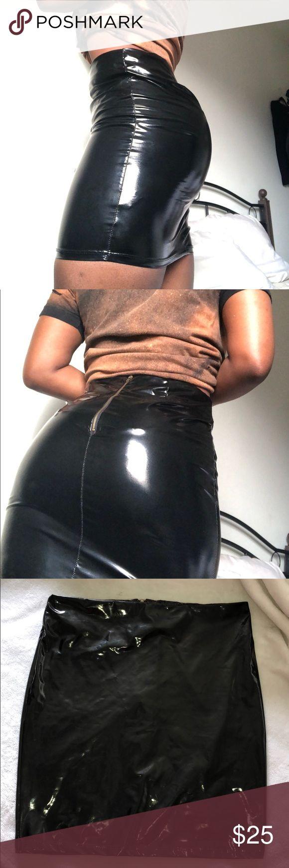 Black vinyl skirt Black vinyl skirt| worn once sorella boutique Skirts Mini