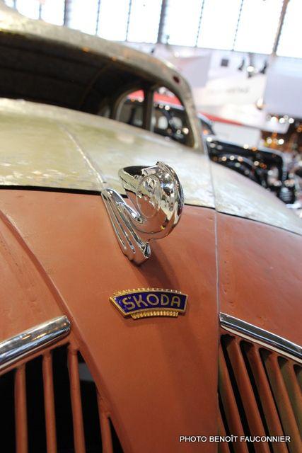 Skoda logo - badge - emblem - SALON RETROMOBILE PARIS 2014